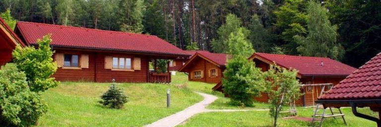 hp-naturerlebnisdorf-stamsried-blockhaus-feriendorf-oberpfalz