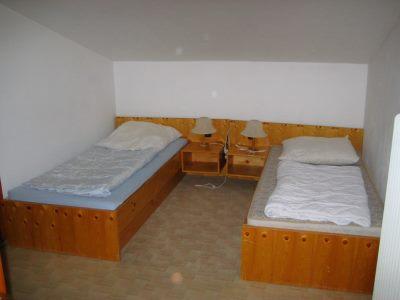 hubertushof-zimmer-schlafen-hotel-monteure-straubing