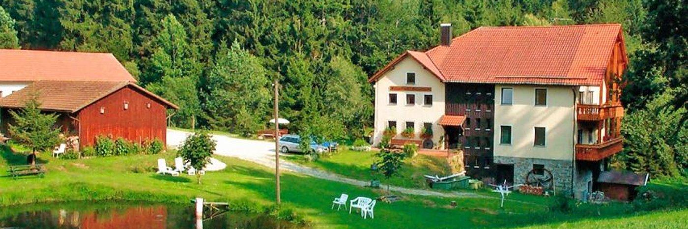 Ferienwohnungen Hubmühle in Wiesenfelden Bernritter Fischzucht Unterkunft