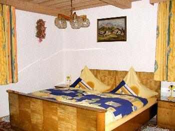 Schlafzimmer - Ferienwohnungen bei Michelsneukirchen