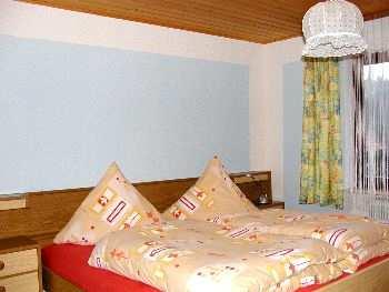 viele Schlafzimmer am Bauernhof für große Familien