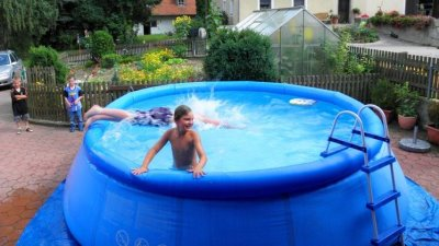 Swimming Pool auf dem Bauernhof Oberpfalz und Bayerischer Wald Urlaub