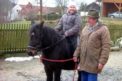 kabauernhof-oberpfalz-kinderreiterferien-am-pony