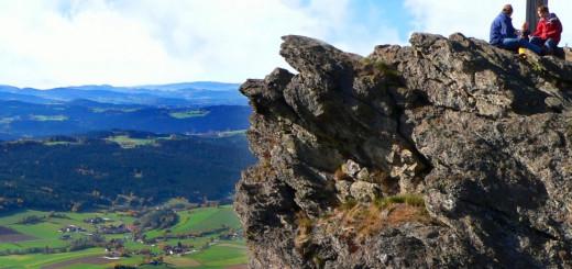 kaitersberg-ausflugsziele-bad-kötzting-berg-wandern-gipfel-freizeit