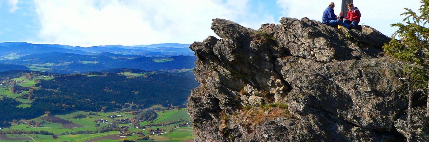 Kurze Wanderung am Kaitersberg Bad Kötzting klettern am Gipfel