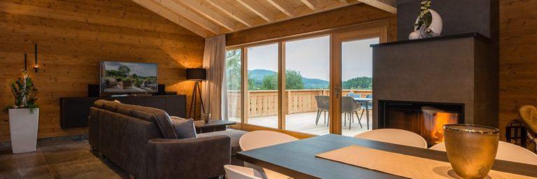 premium-chalets-bayerischer-wald-luxusurlaub-kaminofen-bayern