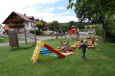 Reiterhof Schwandorf Reiturlaub Kinder Spielplatz