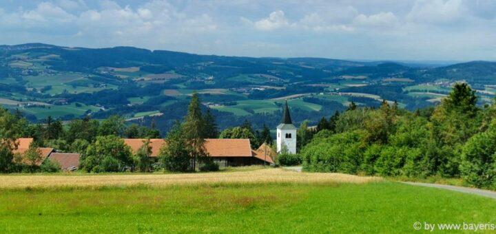 Ausflugsziele bei Konzell Unterkünfte bei Stallwang Gallner Berg Kirche