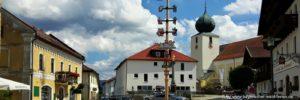 lam-unterkunft-am-osser-sehenswürdigkeiten-marktplatz-pfarrkirche