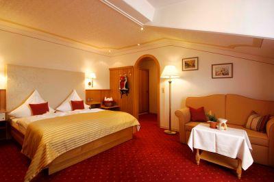 Doppelzimmer im Hotel Oswald - Einrichtung der Zimmer - Familienzimmer in Deutschland