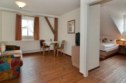 linde-gasthof-hotelzimmer-deutschland-apartment-wohnung-schlafzimmer