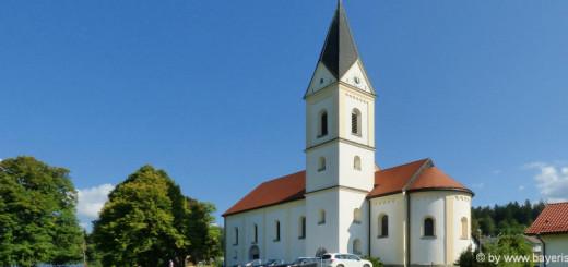 ausflugsziele-ludwigsthal-sehenswürdigkeiten-herz-jesu-kirche