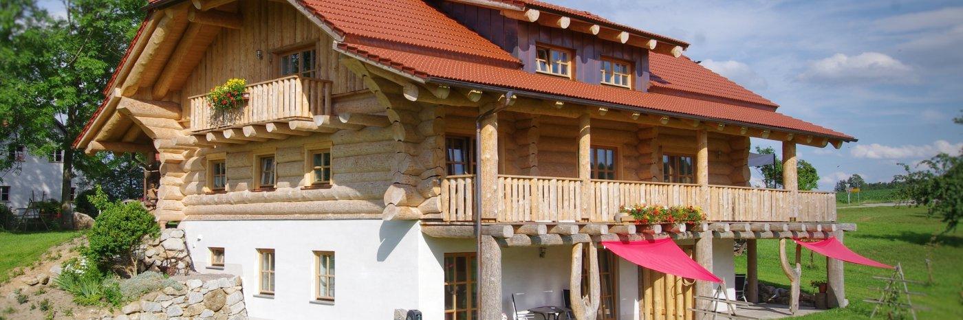Holzhaus Zimmer auf dem Bauernhof in Bayern Landurlaub Bayerischer Wald