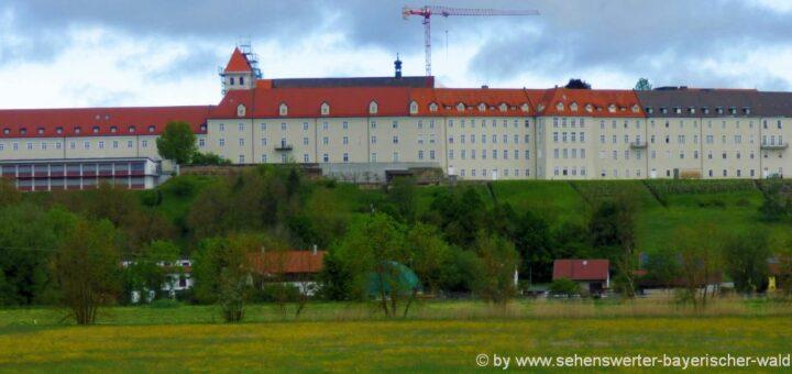 mallersdorf-pfaffenberg-sehenswürdigkeiten-niederbayern-kloster