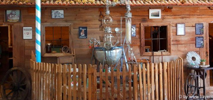 museen-bayerischer-wald-gläserne-destille-böbrach-schnapsmuseum