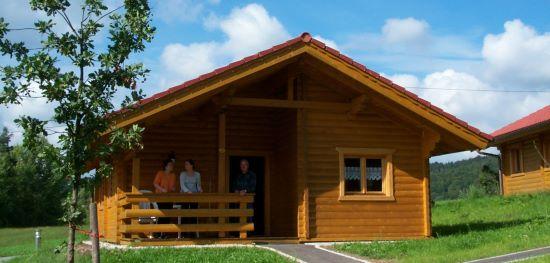 ferien blockhaus in bayern blockh tte bayerischer wald blockhausurlaub. Black Bedroom Furniture Sets. Home Design Ideas