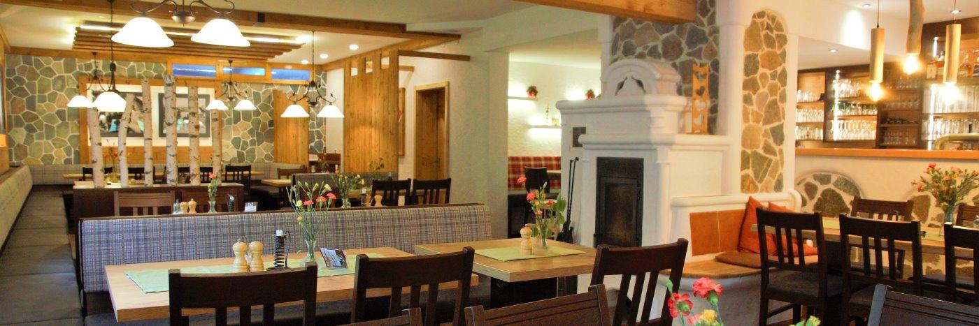 neuhof-zenting-hotel-tittling-kurzreisen-angebote-beautyurlaub-gaststube