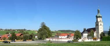 neukirchen-beim-heiligen-blut-bayerischer-wald-ansicht-panorama-380