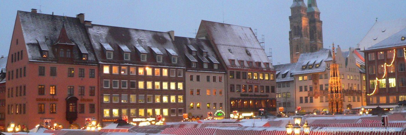 Christkindlesmarkt in Nürnberg Weihnachtsmarkt in Bayern / Franken