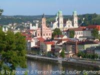 passau-sehenswuerdigkeiten-niederbayern-urlaub-stadtansicht-200