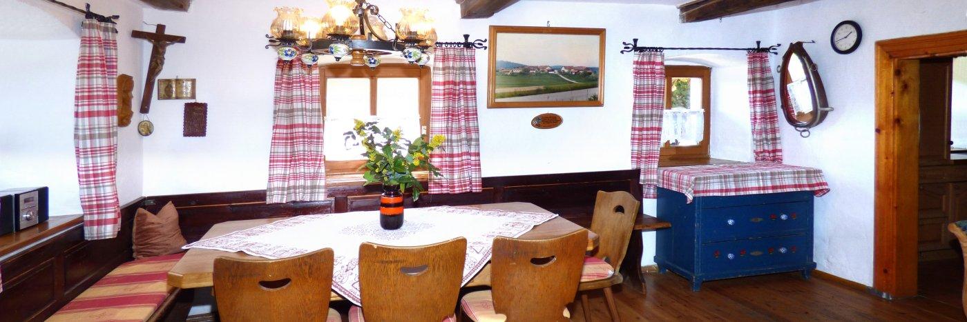 Bayerischer Wald altes Bauernhaus Urlaub im urigen Ferienhaus