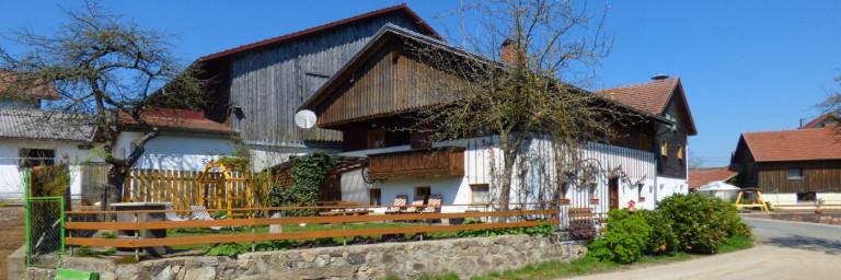paulus-gruppenunterkunft-bayerischer-wald-uriges-ferienhaus-oberpfalz
