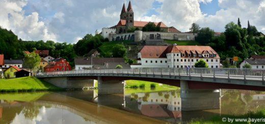 reichenbach-unterkunft-regen-fluss-sehenswürdigkeiten-kloster