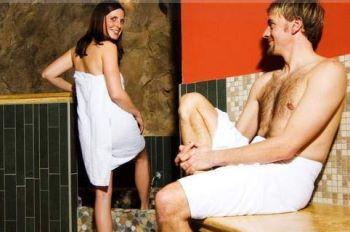 reinerhof-wellness-wochenende-spa-romantik-bayern-partnermassage
