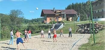 resl-gasthof-sankt-englmar-kollnburg-zimmer-sport-volleyballspiel