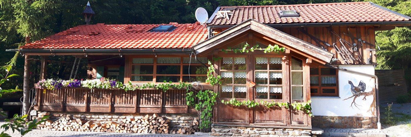 Richards Jägerhütte im Bayerischen Wald Jagdhütte in Bayern mieten