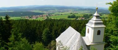 rinchnach-wallfahrtskirche-frauenbrünnl-kirche-kapelle-ausblick-panorama-380