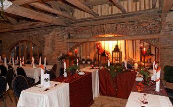 Festsaal mieten zum Feiern von Hochzeit Geburtstag und Firmenfesten bei Cham und Regensburg