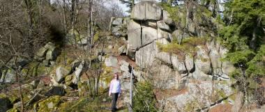 rötz-schwarzenburg-steinerne-wand-felsen-oberpfalz-panorama-380