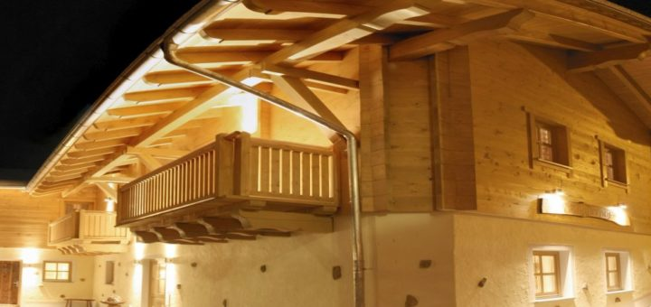 sammerhof-bauernhofurlaub-5-sterne-bayern-luxusferienhaus-breitbild-1400