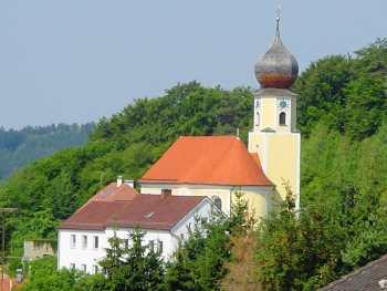 Bergkirche in Sattelpeilnstein