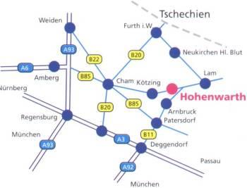 Ferienwohnung mit Fitnessraum, Tischtennis, Billard, Kicker Städte / Orte in der Umgebung: Hohen Bogen 1 km, Arrach 7 km, Bad Kötzting 8 km, Eck / Riedelstein 11 km, Lam 12 km, Bayerwaldberg Kaitersberg 4 km, Neukirchen b. hl Blut 12 km, Osser 17 km, Lohberg 17 km, Furth im Wald 17 km, Bayerwald Berg Arber 25 km, Bodenmais 27 km, Bayerisch Eisenstein 28 km
