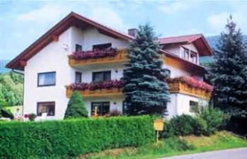 Ferienwohnung Wanderurlaub in Bayern im Bayerischen Wald bei Lam