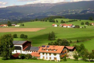 schauberger-ferienbauernhof-österreich-bayerischer-wald-landschaft