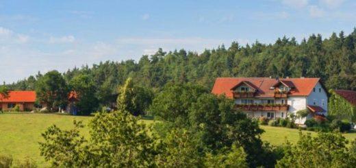 schiegl-bauernhof-regensburg-reiturlaub-ferienhaus