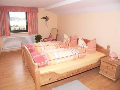 Schlafzimmer der Ferienwohnung imn Bayern im Landkreis Cham