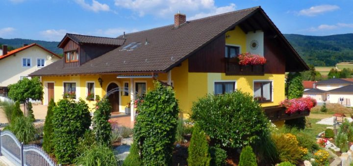 simon-4-sterne-ferienwohnungen-bayerischer-wald-ferienhaus-oberpfalz-breitbild-1400