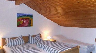 sonnenhof-gachgeschoss-dreibettzimmer-bischofsmais