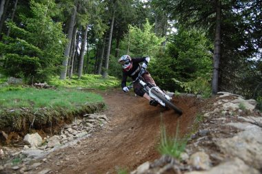 sonnenhof-pension-mountainbiker-geisskopf-down-hill