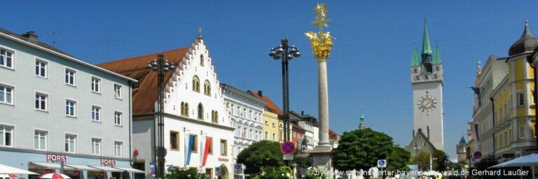 Sehenswürdigkeiten in Straubing Ausflugsziele Wahrzeichen Stadtturm
