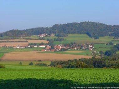 thierling-landkreis-cham-oberpfalz-landschaft-aussicht