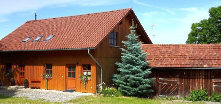 türlinger-holzferienhaus-bayren-gruppenunterkunft