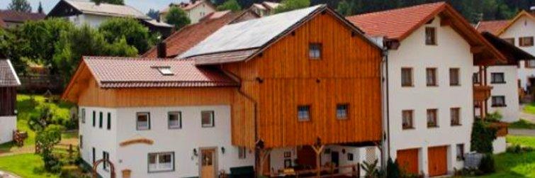 Ferienhaus Rachel Blick mit Kachelofen Winterurlaub bei Schöfweg