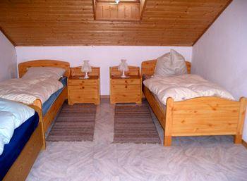 Dachbodenwohnung in Bayern - Schlafzimmer