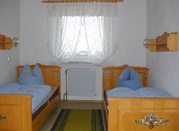 Schlafzimmer der Ferien Wohnungen auf dem Bauernhof im Bayerischen Wald