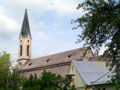 waldkirchen-bayerischer-wald-sehenswürdigkeiten-pfarrkirche-kirchen